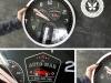 zegar z grawerowaną naklejką